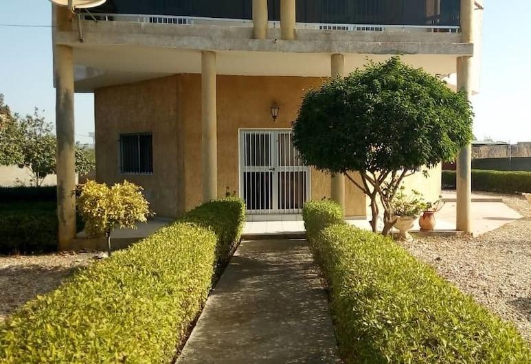 Villa Sans Piscine Route de Yenne, Barnji Gudo