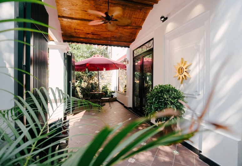 Rosa Hanoi Hotel, Hanoi, Courtyard