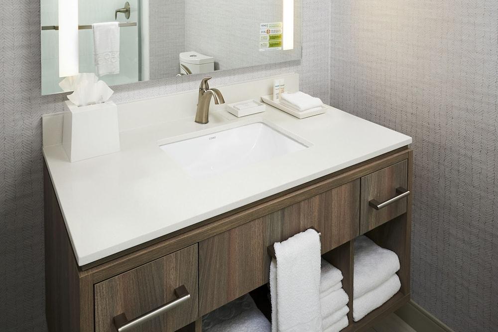 Lakosztály, 1 hálószobával, nemdohányzó - Fürdőszoba