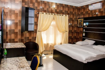Hình ảnh Villa Italian Hotels tại Enugu