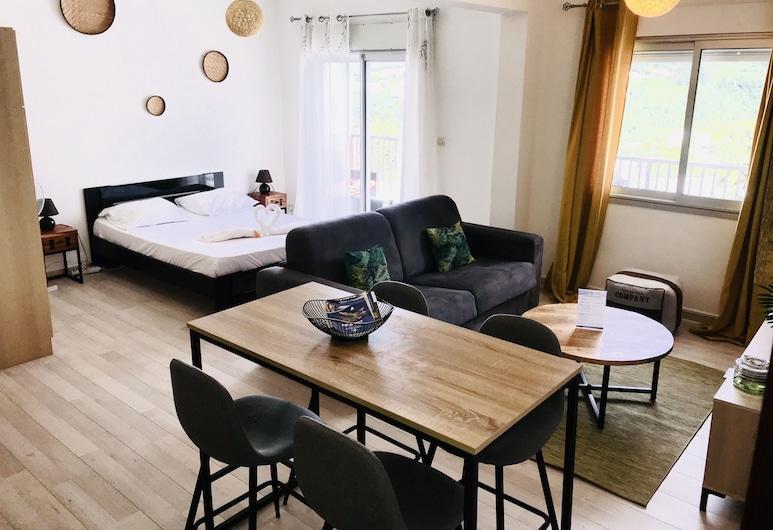 Le Calou, Studio vue Mer et Montagne, Sainte-Clotilde, Keylodge Réunion, Saint-Denis, Apartamento City, 1 cama doble con sofá cama, vistas a la montaña (1 Bedroom), Habitación