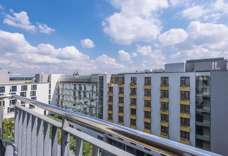 Apartments Prague Angel, Praha, Huoneisto, Näköala pihalle, Näkymä huoneesta