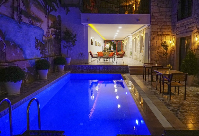 Mara Koyici Hotel, Çeşme, Havuz