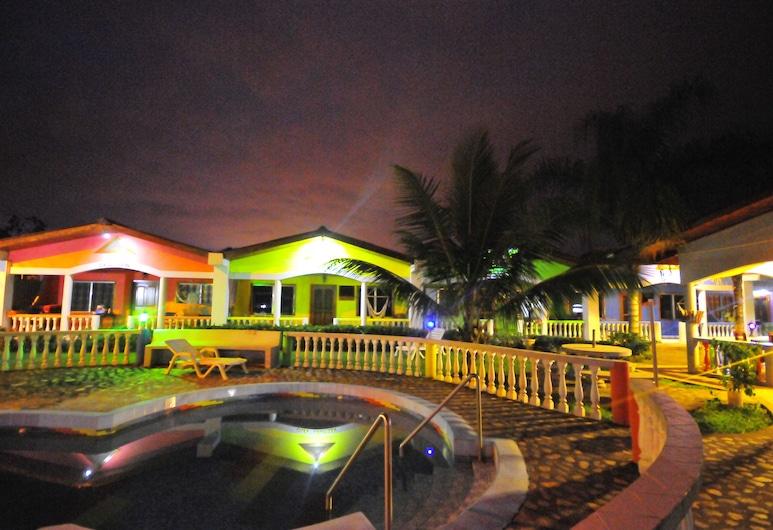 Hotel Rainbow Village, La Ceiba, Pool
