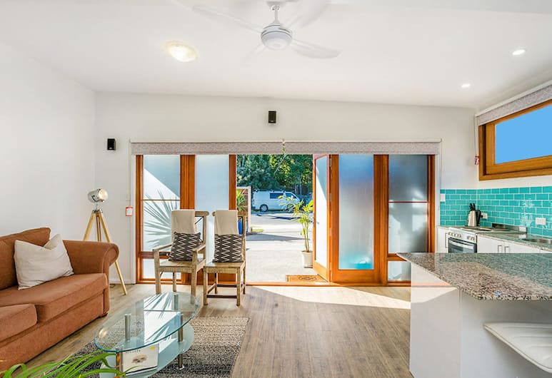 Half Moon Cottage, Byron Bay, Cottage, Living Area