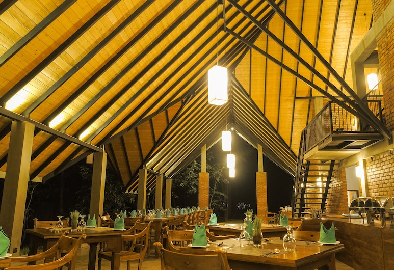 Go Go Green Resort, Habarana, Restaurante