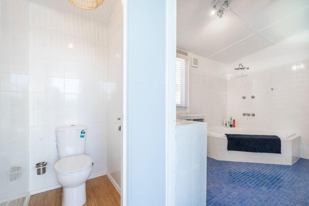 Коттедж, 3 спальни, с выходом на пляж - Ванная комната
