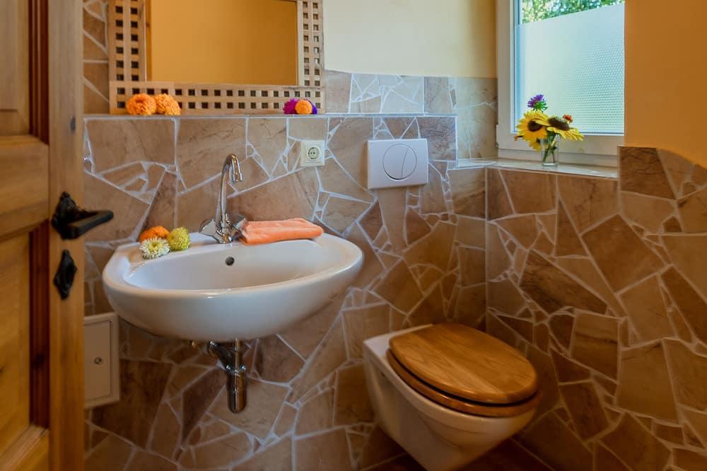 Будинок, багато спалень, тераса, з видом на сад (incl. 130 EUR  cleaning fee per stay) - Ванна кімната