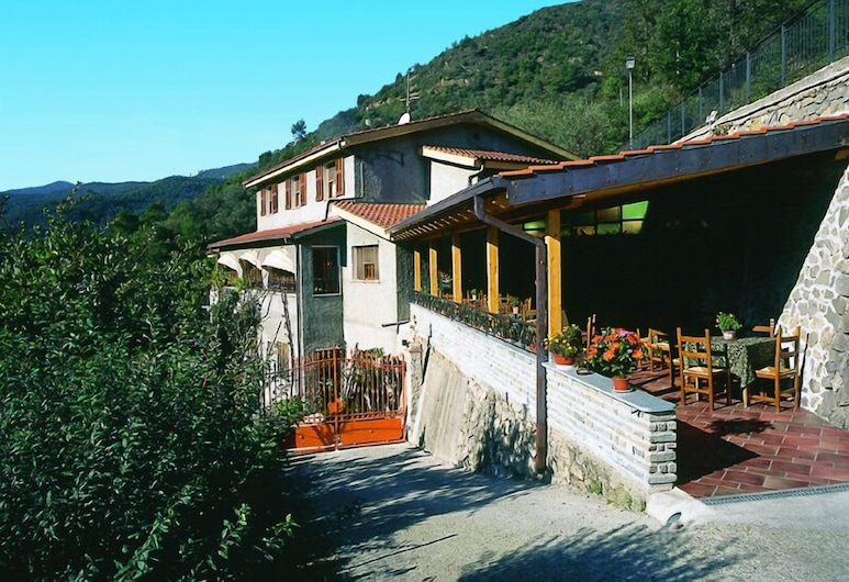 拉費沃利塔洛坎達餐廳酒店, 阿普里卡萊
