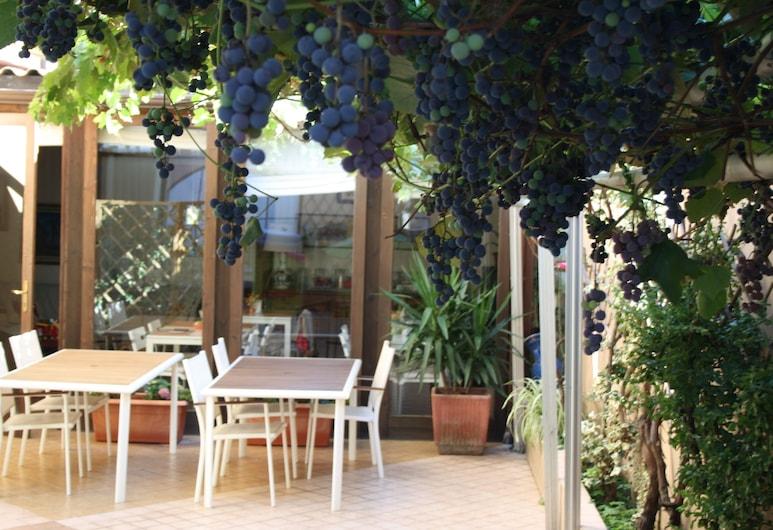 Torino Guest House, Turin, Terrace/Patio
