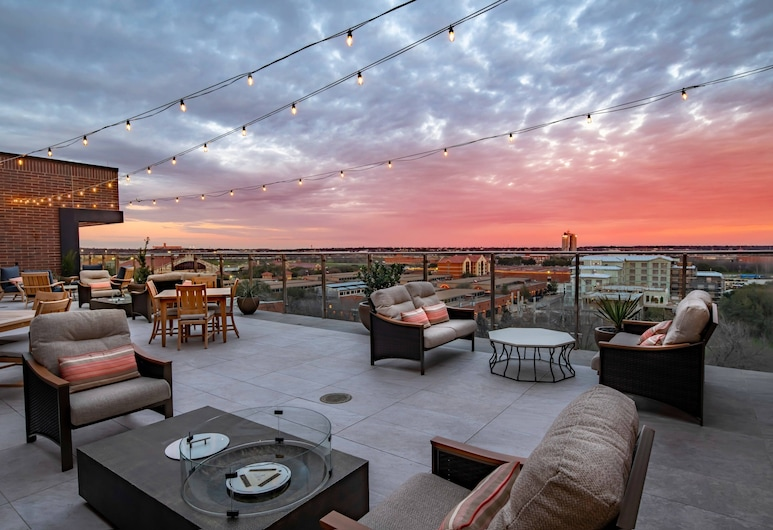 SpringHill Suites by Marriott Fort Worth Historic Stockyards, Fort Worth, Taras/patio