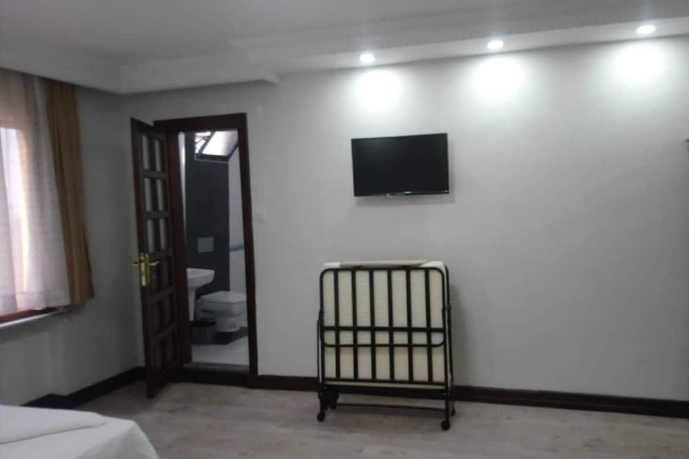 Familie tweepersoonskamer, 1 kingsize bed, Uitzicht op de stad - Badkamer