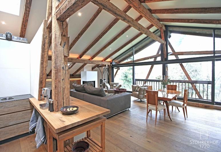 Gut Stohrerhof, Diessen am Ammersee, Luxury House, Multiple Bedrooms, Private Bathroom, Beachfront (Komplett), Living Area