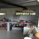 Номер категорії «Комфорт», з видом на басейн - Обладнання спільної кухні