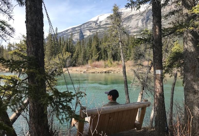 Beautiful Condo in the Majestic Banff Area, Dead Man's Flats