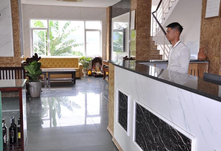 Hiddencharm hotel, Ha Long, Reception