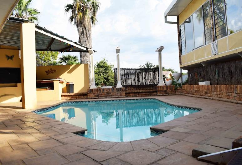 Gemstone Guest House, Klerksdorp, Outdoor Pool