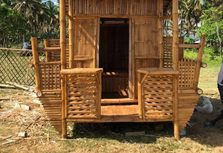 Pacific Buddies - Campsite, Dingalan, Basic házikó (Nipa Hut), Szoba