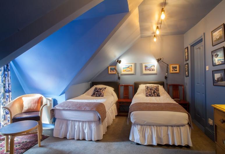 Hill View House Bed & Breakfast, Dartmouth, ห้องซูพีเรียทวิน, ห้องน้ำในตัว (Second floor dormer), ห้องพัก