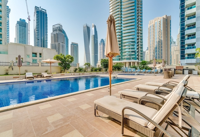 Heart of Dubai Marina- Two BDR Apartment, Dubai, Pool