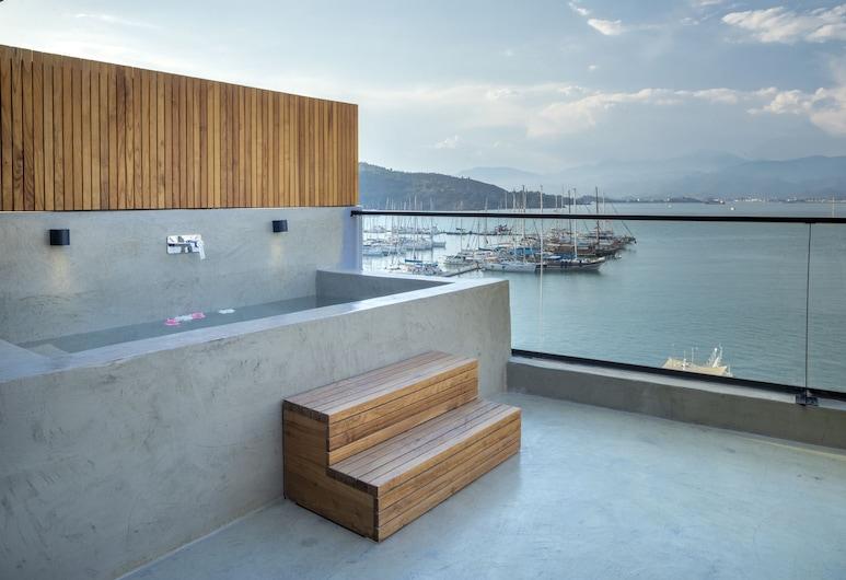 Harbour Suites, Fethiye, Piscina en el piso superior
