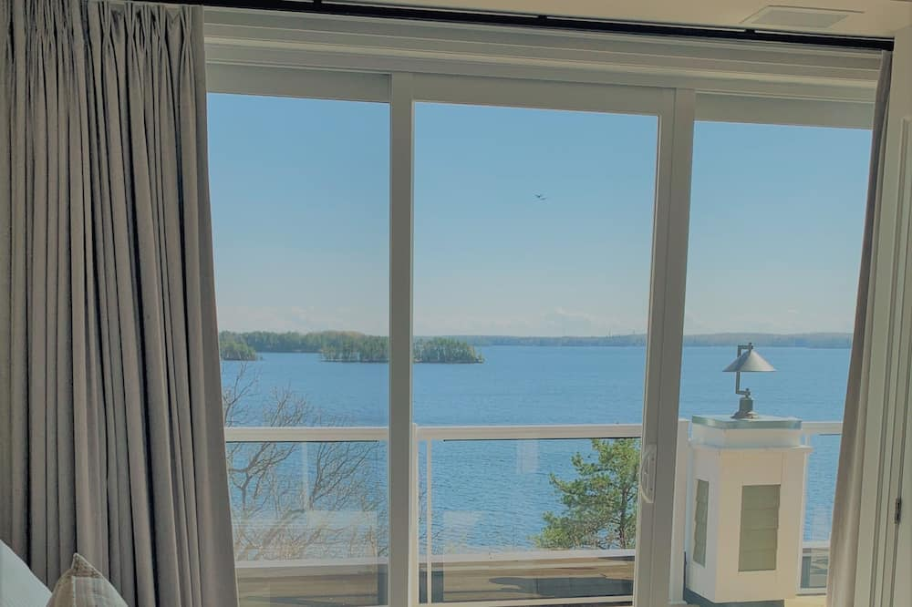 Premier Suite, Multiple Beds, Lake View - Room