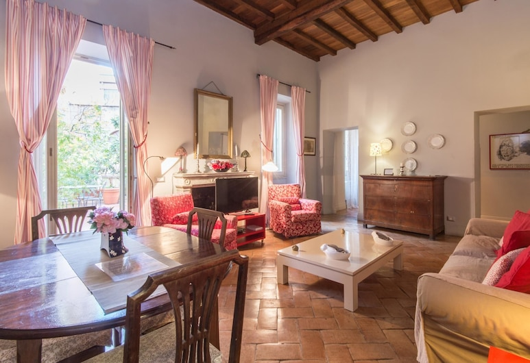 RSH Barberini Terrace Apartment, Rome, Apartment, 2 Bedrooms, Living Area