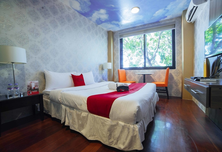 RedDoorz Plus @ Aguirre Avenue BF Homes, Parañaque, Izba typu Deluxe, Hosťovská izba