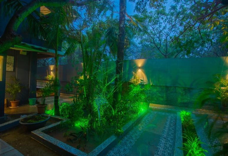 Hangover Resort, Candolim, Κήπος