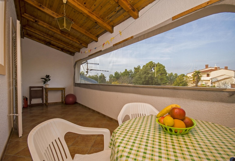 Apartments Gogić / App Two Bedrooms A1, Parenzo, Appartamento, 2 letti matrimoniali, Balcone