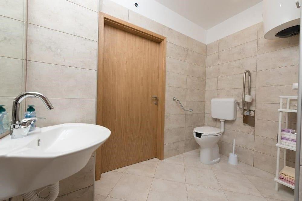 Апартаменти, 1 двоспальне ліжко - Ванна кімната