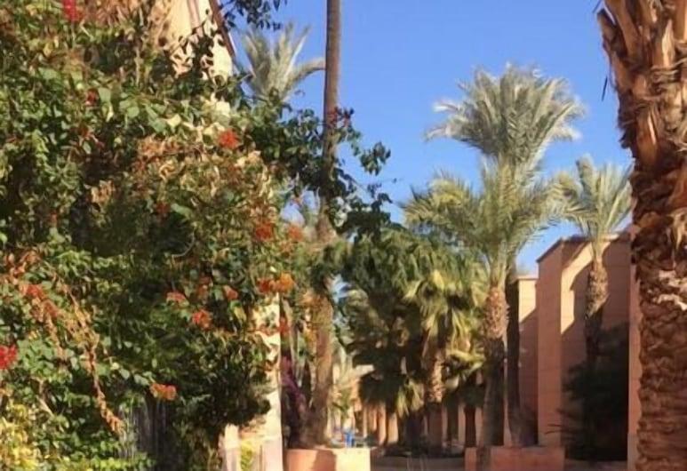 Riad Ait Elhadri, Marrakess, Útilaug