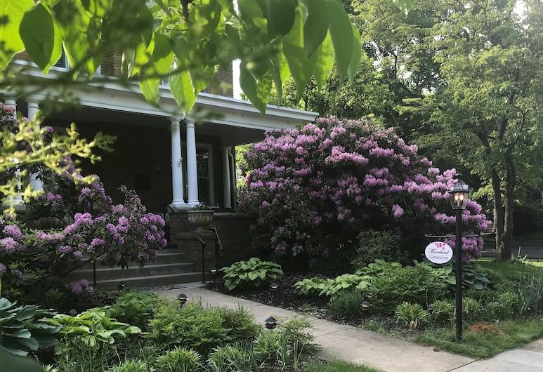 莫雷朗花園旅館, 卡萊爾