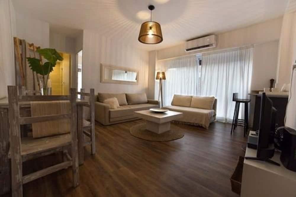 Appartement, 1 grand lit et 1 canapé-lit, salle de bains privée - Coin séjour