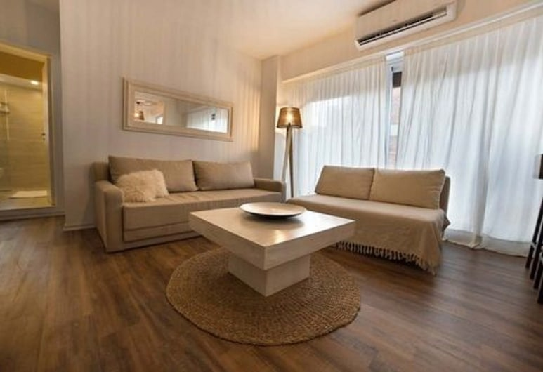 San Martin & M. T. Alvear, Buenos Aires, Apartment, 1 Queen Bed with Sofa bed, Private Bathroom, Room