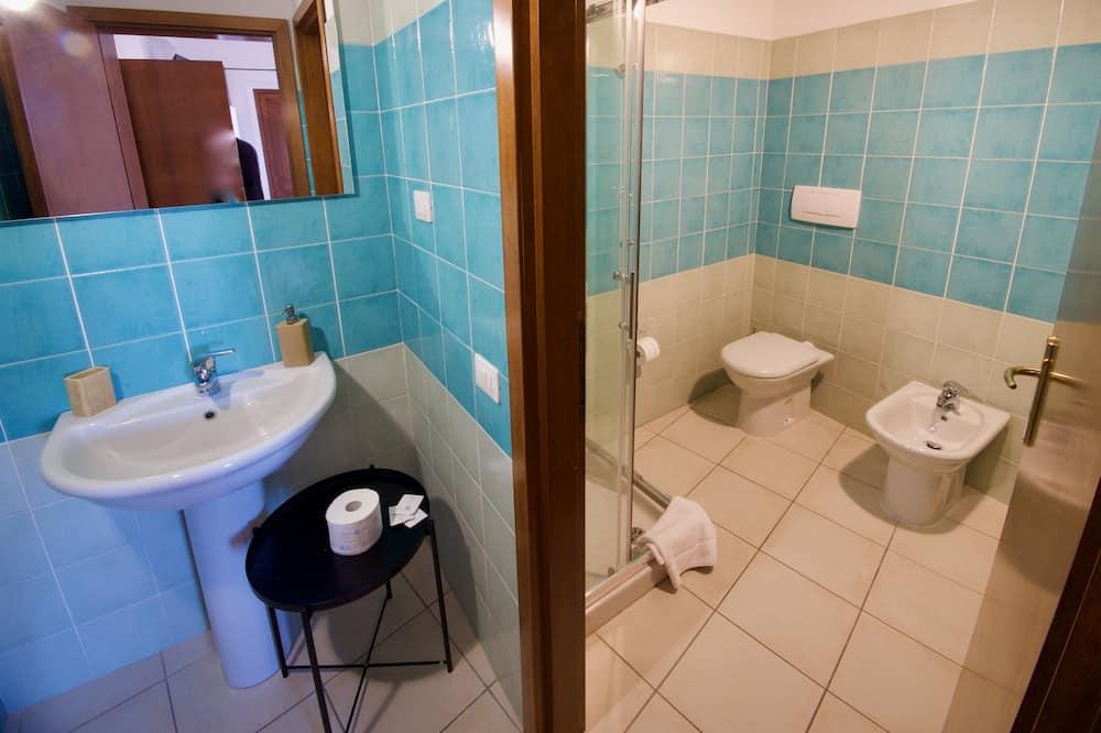 標準雙人房, 獨立浴室, 庭園景 - 浴室