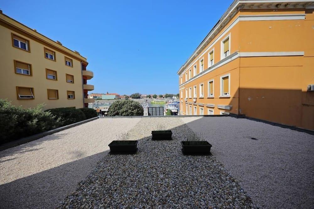 Pokoj typu Premium, 1 ložnice, terasa, výhled na moře - Výhled na město