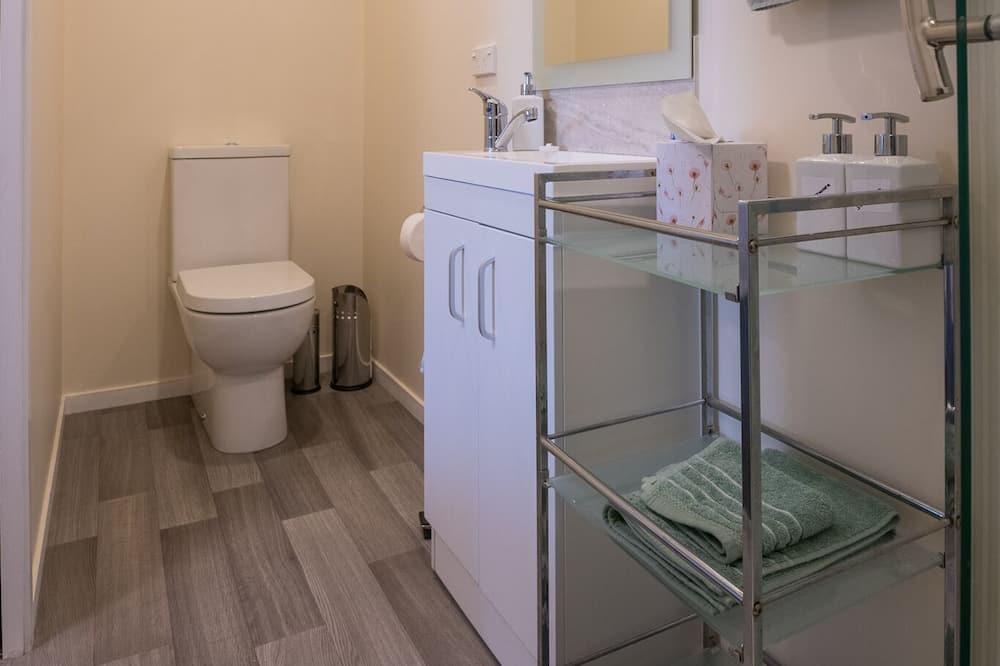 スタジオ 1 ベッドルーム - バスルーム
