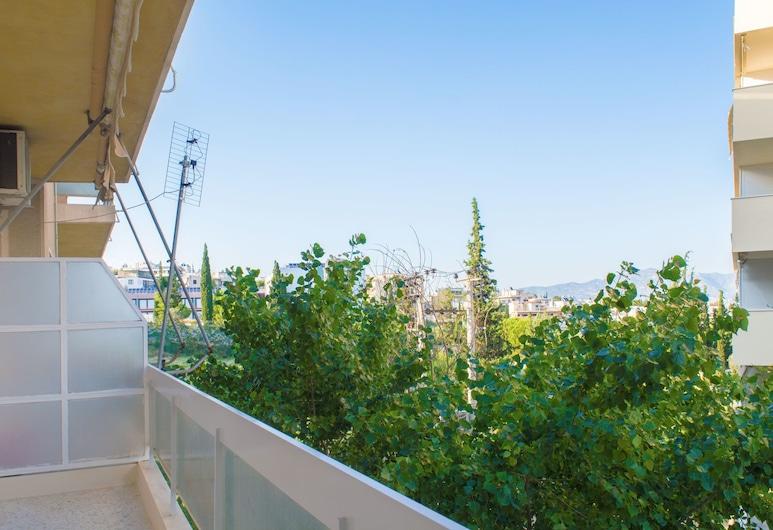 Artistic cozy 5' to Panormou metro, Athens, Apartment, 1 Bedroom, Balcony