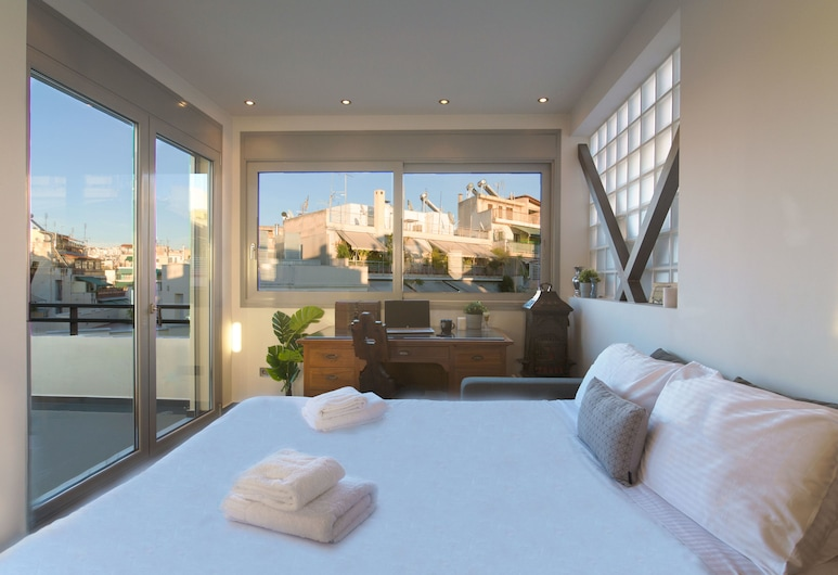 5th floor Boho Studio at Exarchia with Balcony, Atenas