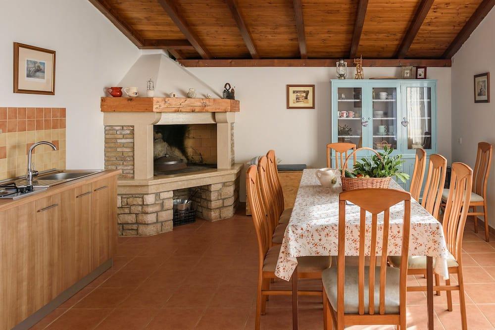 غرفة دوبلكس - تناول الطعام داخل الغرفة