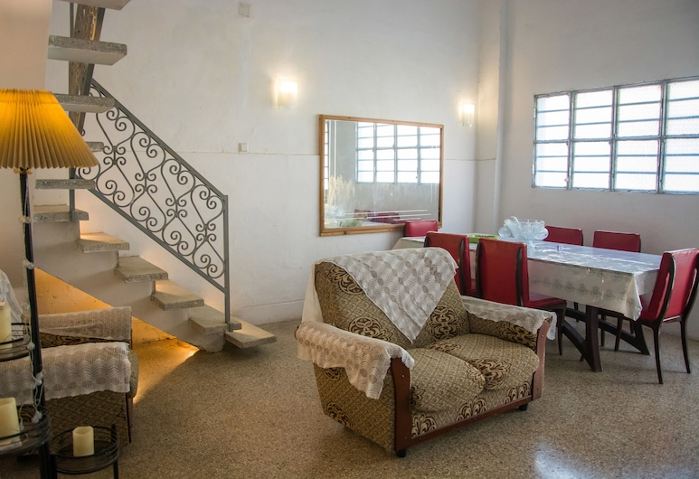 Hostal Corona, Havana, Lobby Sitting Area