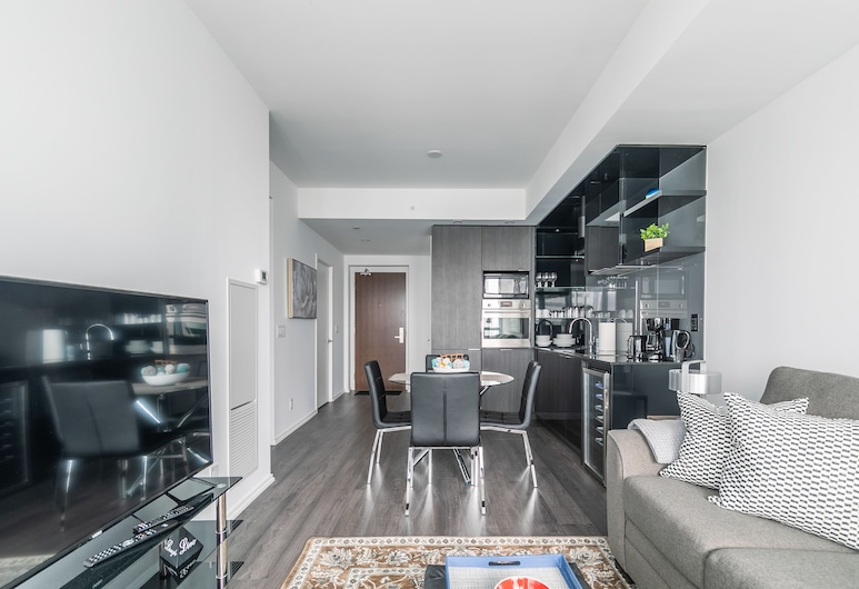 2BR Executive Suite Financial District, Toronto, Executive appartement, Woonruimte