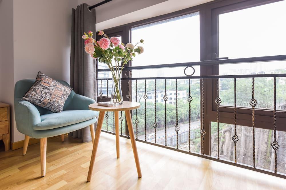 Family Apartment, 1 Bedroom, Non Smoking, Hill View - Balcony