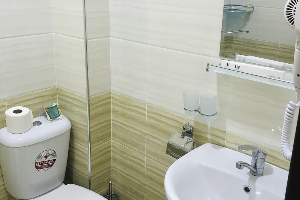 Standard-dobbeltværelse - Badeværelse