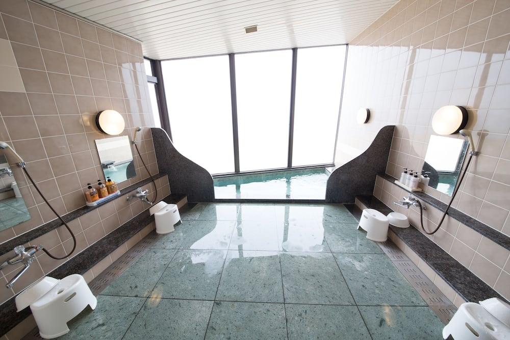 Camera familiare, bagno condiviso - Bagno