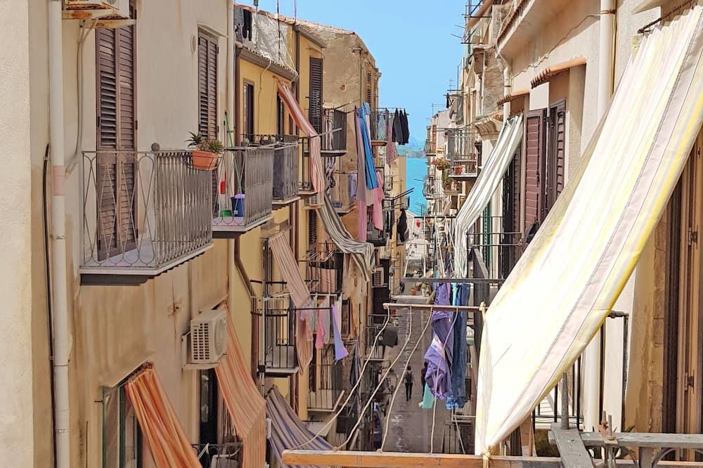 家庭公寓, 多張床, 露台, 部分海景 (Alessandro) - 陽台