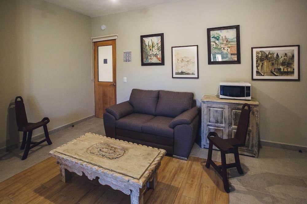 Junior Studio Suite - Living Area