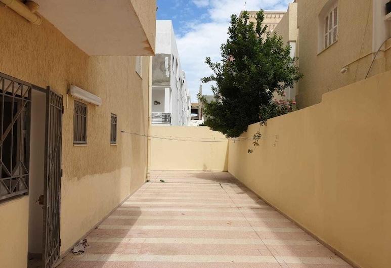Amazing 3 bedroom flat 2min to the beach, Sousse, Kawasan Hartanah