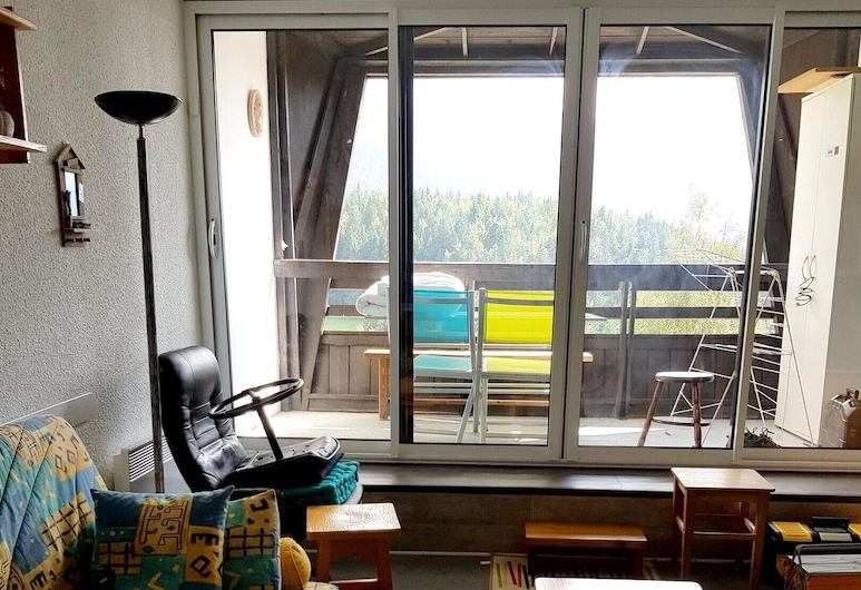Studio in Villard de Lans, With Wonderful Mountain View and Balcony - 100 m From the Slopes, ווילארד-דה-לאנס, סלון